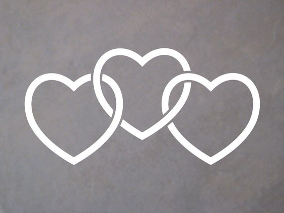 3 interlocked hearts no source